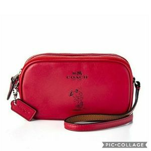Nwt coach snoopy crossbody pouch purse